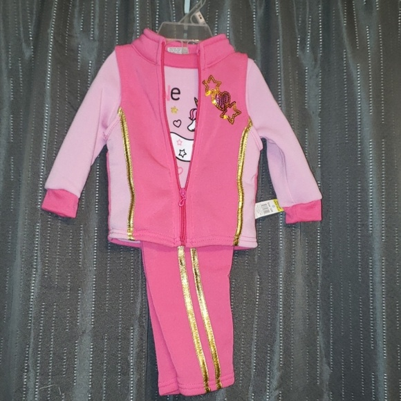 NWT Girls sweat suit with vest